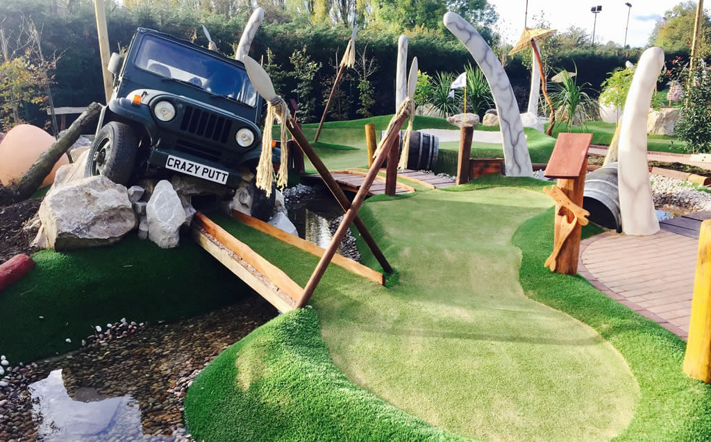 Lost World Nottingham – CrazyPutt Adventure Golf